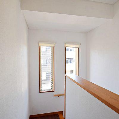 2階階段ホール部分