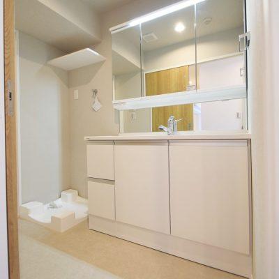 洗面化粧台(3面鏡)